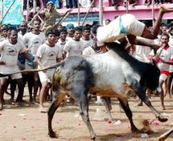 earu thazhuvuthal14