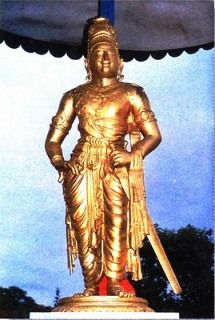 இராசராசசோழன்01