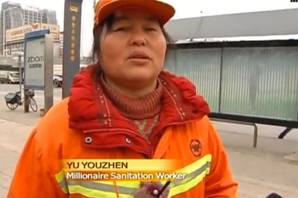 48Chinese-millionaire-works-as-a-street-cleaner