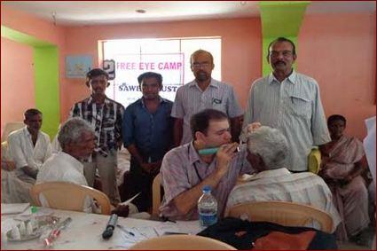 91 eyecamp01