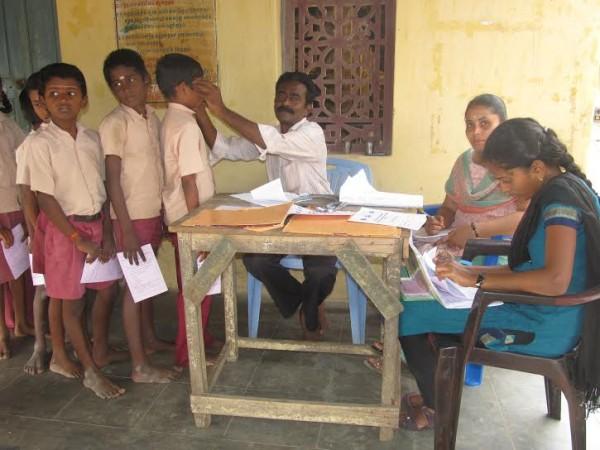 மாணிக்கவாசகம் பள்ளி, மருத்துவமுகாம்03 : nighazh_maruthuvamukaam_manikkavasakampalli03