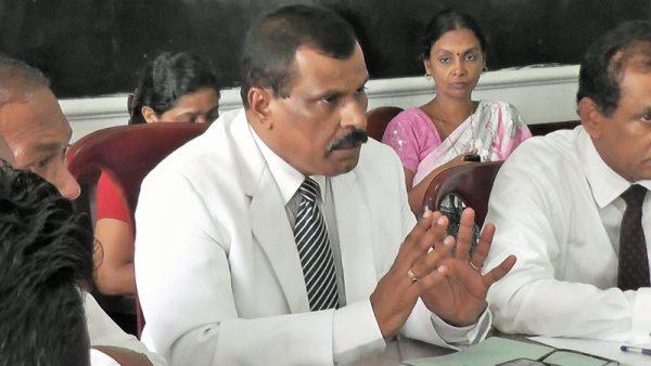 இரோயல்கல்லூரி-அமைச்சர்வருகை06 :royalcollege06