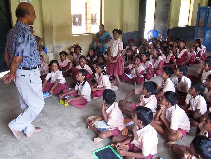 மாணிக்கவாசகம் நடுநிலைப்பள்ளி -ஆளுமைப்பயிற்சி02 :manikkavasakarpalli_aalumaimukaam02