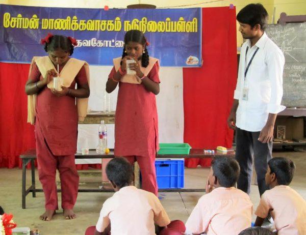 மாணிக்கவாசகம்பள்ளி, அறிவியல் ஊர்தி02 ;manickavasakampalli_mobliesciencevan02