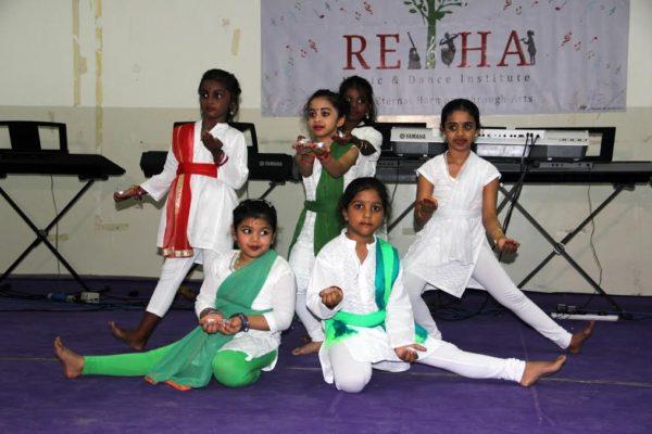 துபாய், இரகோ, பயிற்சிமுகாம்0 ; dubai_musiccamp02